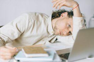 working-tired-olutobi